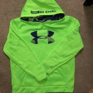 Under Armour boys hoodie-Great condition!